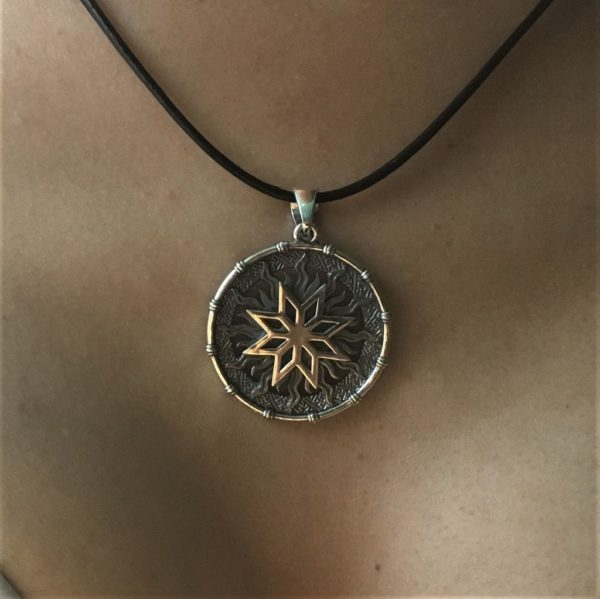 Алатырьт в серебре-алатырь старинный-как в старину алатырь-вышивка алатырь-символ алатырь