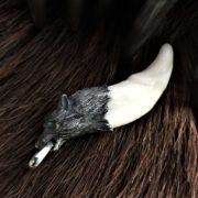 Волчий Клык-Логово Волка-значение-фото-настоящий