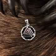 Валькнут- серебро, значение, купить в серебре оберег валькнут- Логово волка