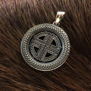 узел защиты викингов кельтский