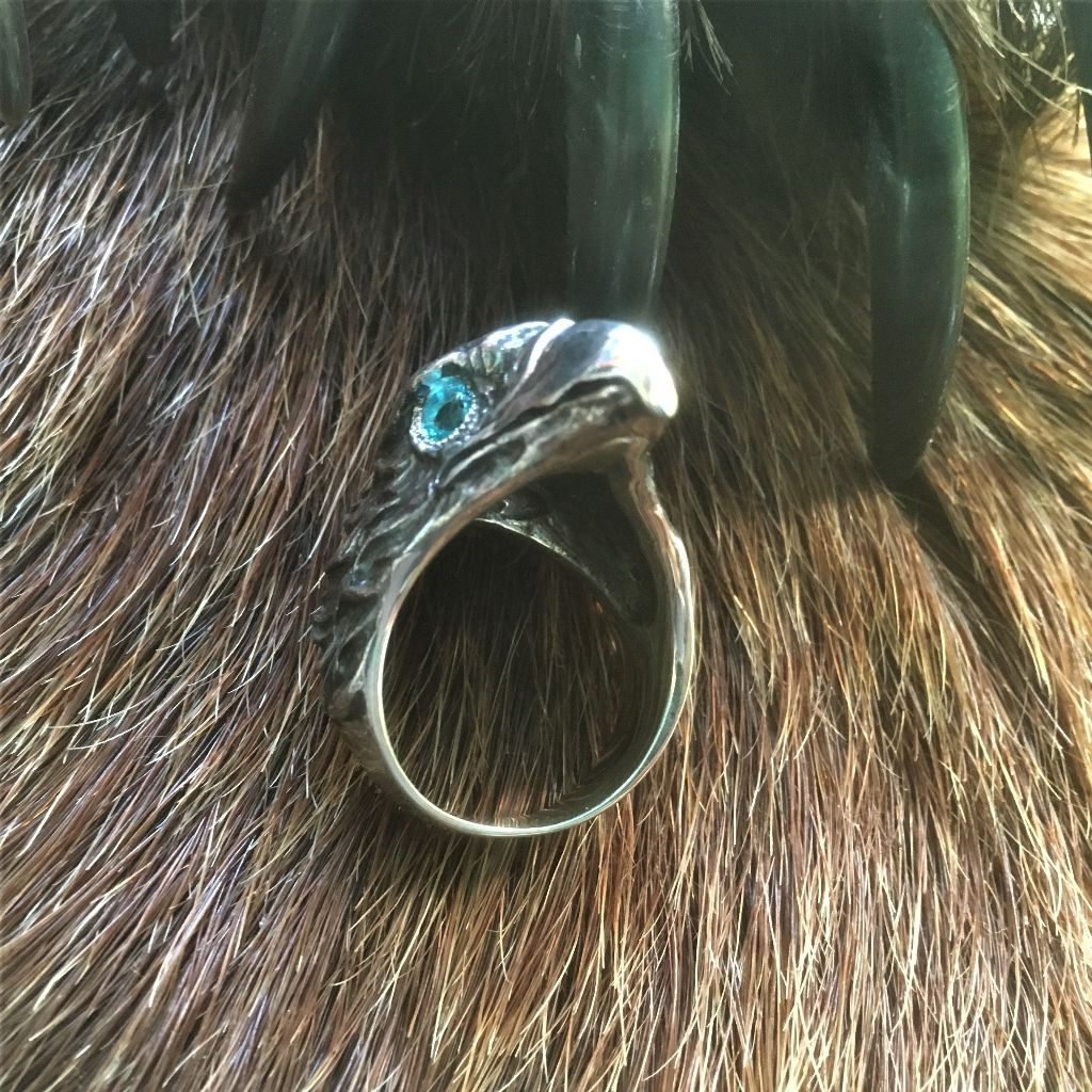 коготь орла амулет