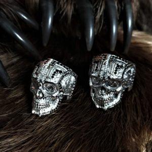 череп-отзывы-перстень череп-фото кольцо череп-череп в серебре-кольцо для байкеров-байкерские кольца-мотоциклисты -брутальные кольца