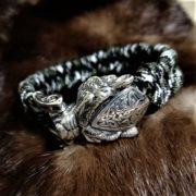 Плетёные браслеты из паракорда с серебром. Браслет Медведь. Купить. Цена 7000 руб.